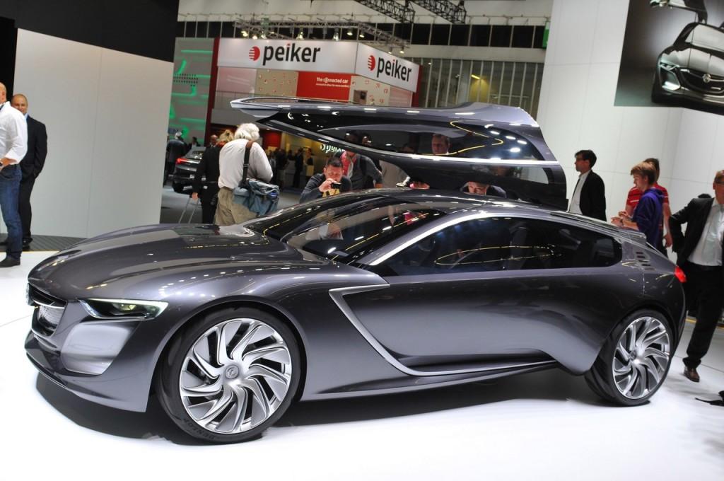 Opel tra presente e futuro, dalla nuova Insignia alla Monza Concept