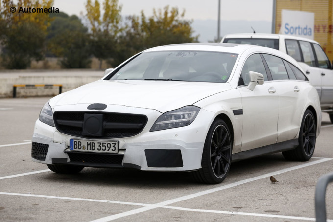Mercedes CLS 63 AMG Shooting Brake - Foto spia 13-12-2013