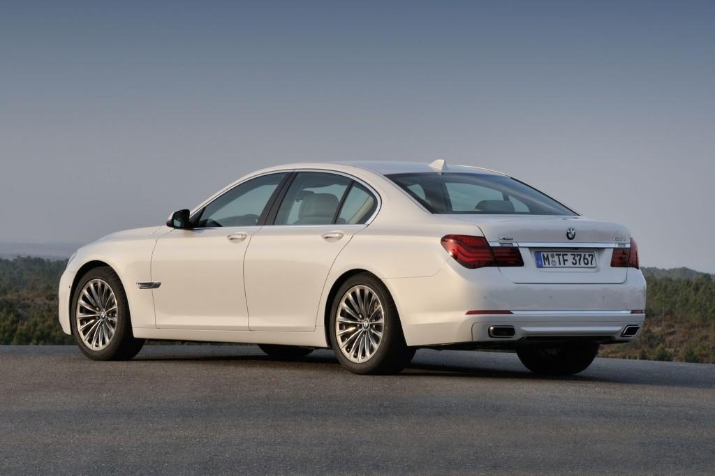 BMW Serie 7, passo lungo disponibile per l'erede