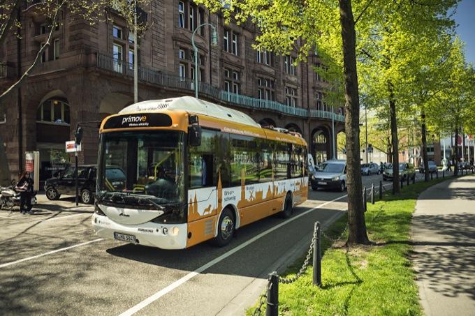 Bombardier Primove, parte a Savona il primo test di autobus elettrici con ricarica wireless