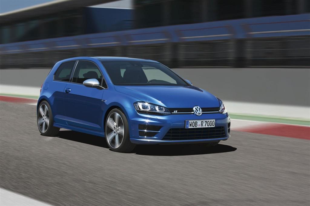 Volkswagen Golf VII, un 2013 con il pieno di riconoscimenti