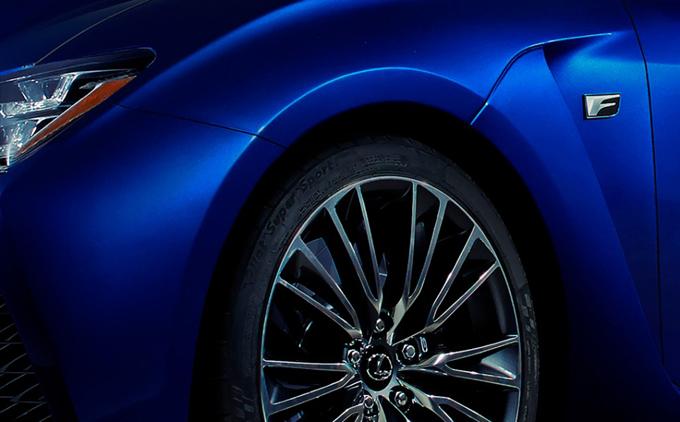 Lexus RC F: primo teaser in attesa del debutto al Salone di Detroit 2014