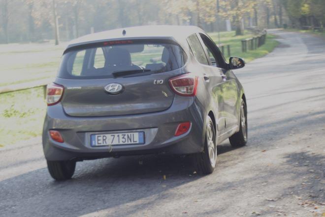 Hyundai i10- prova su strada_53