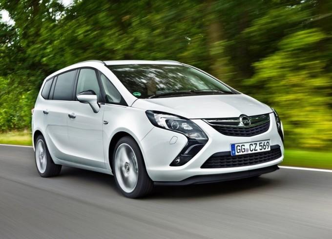 Opel Zafira Tourer eletta monovolume più ecologica del 2014