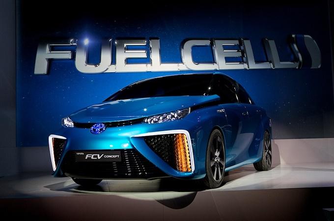 Toyota al CES 2014 presenta una nuova generazione di celle d'idrogeno