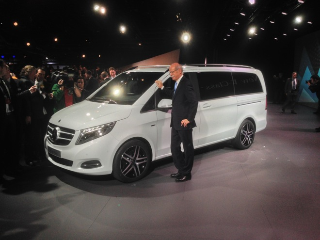 mercedes-classe-v-my-2014-debutto_23