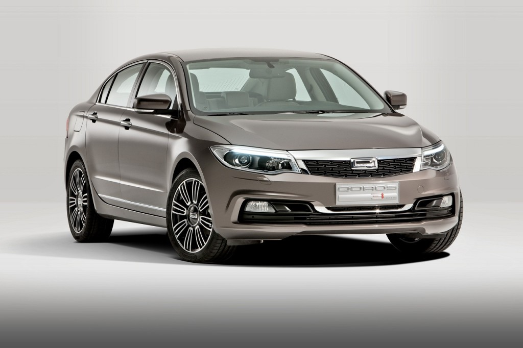 Qoros 3 Sedan, compatta più sicura del 2013