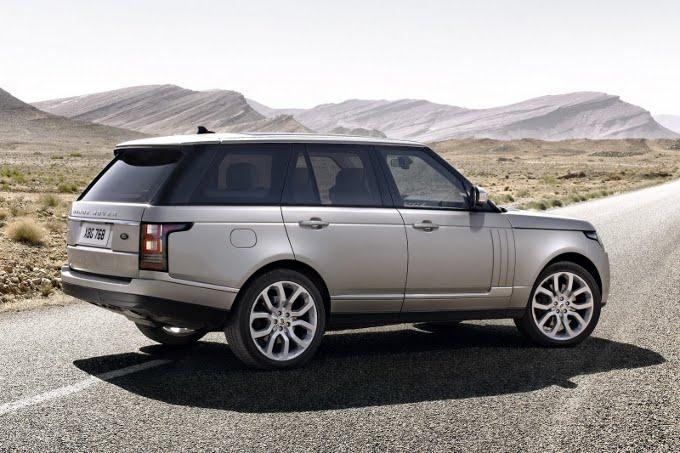 Range Rover, la lista d'attesa cresce fino a quattro mesi