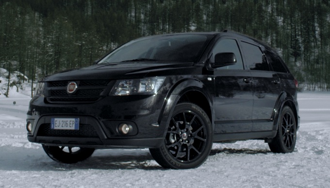 Fiat Freemont Black Code: lo spot dell'eclissi da il via alla campagna TV