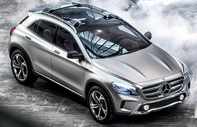 Mercedes GLA: debutto italiano a Milano Moda Donna per il primo crossover compatto della Stella