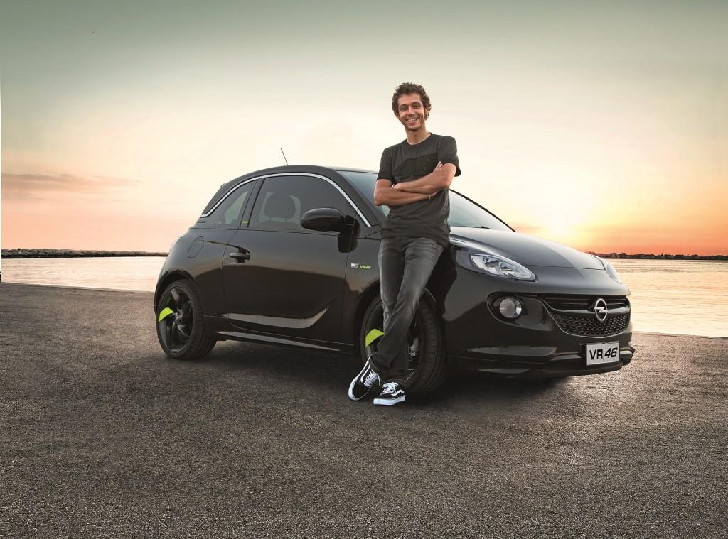 Opel Adam VR|46 Limited Edition, nuova serie speciale firmata Valentino Rossi