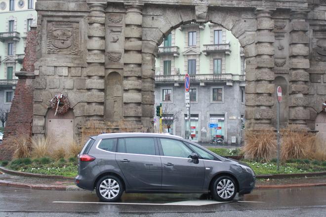 Opel_Zafira_Tourer_Prova_su_strada_32