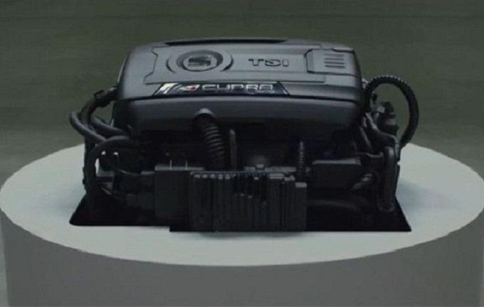 Nuova SEAT Leon Cupra, un motore irresistibile