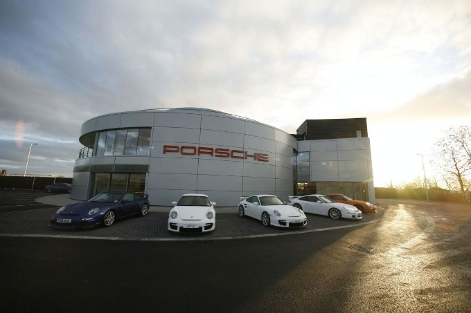 porsche aprir un experience center a le mans. Black Bedroom Furniture Sets. Home Design Ideas