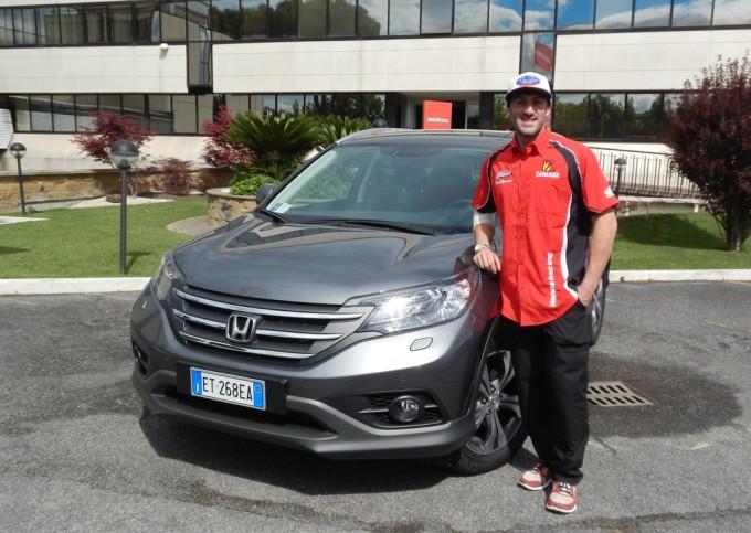 Honda CR-V 1.6 i-DTEC consegnata ad Alex Salvini, campione Enduro 2013