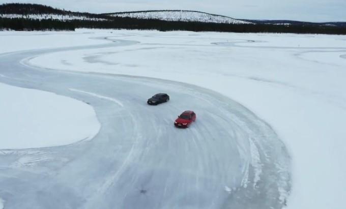 Audi RS6 Avant quattro, spettacolo e adrenalina sulla pista di ghiaccio