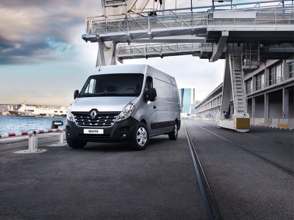 Nuovo Renault Master, si rinnova il grande furgone francese