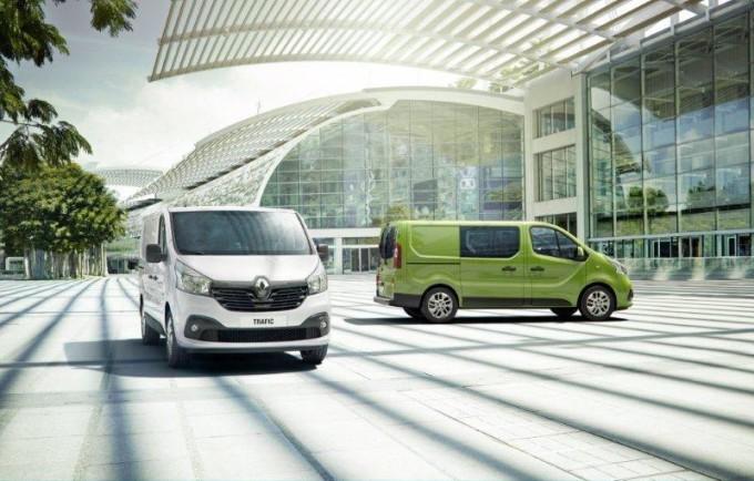 Nuovo Renault Trafic, linee da furgone e dotazioni da berlina moderna