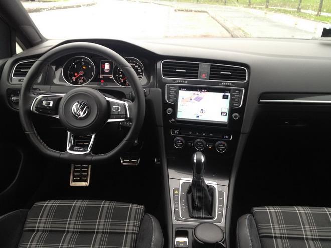 Volkswagen_Golf_GTD_Prova_12