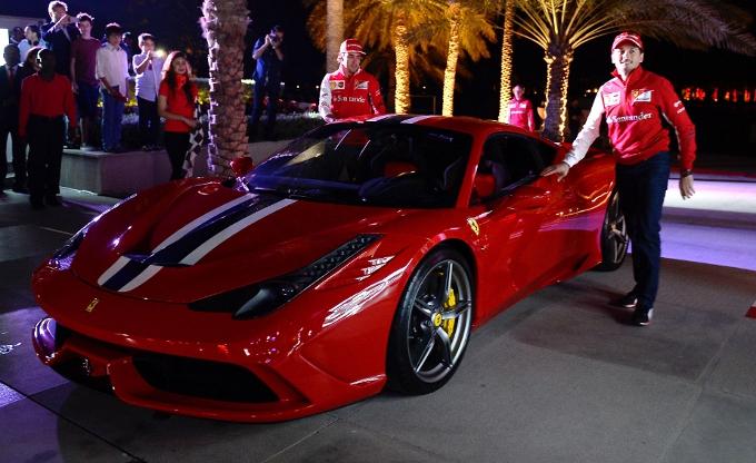 Ferrari 458 Speciale: lancio in Bahrain con Alonso e Fisichella