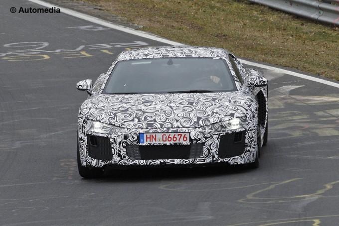 Audi R8 2015, il video spia dei test in pista al Nürburgring