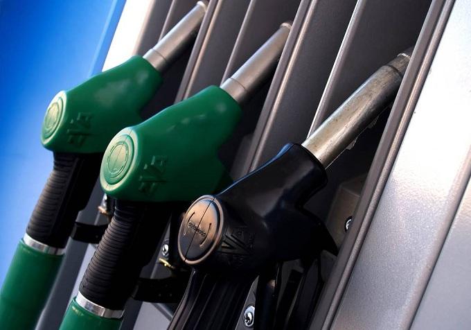 benzina con bancomat