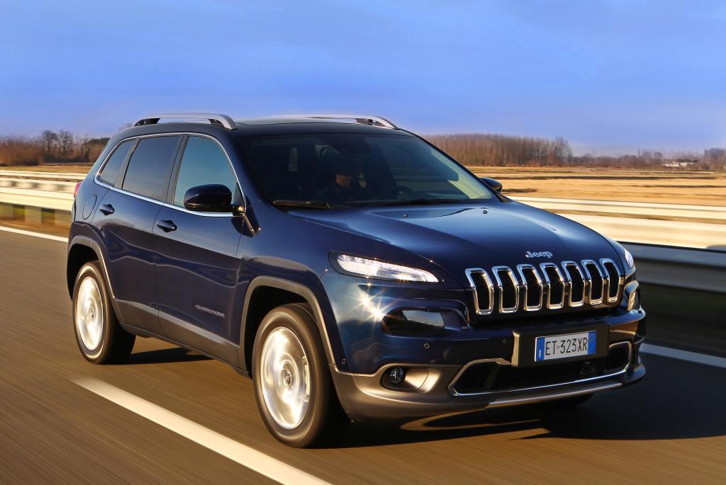 """Jeep Cherokee eletto """"Miglior SUV/All-Terrain Vehicle 2014"""" da """"El Economista"""""""