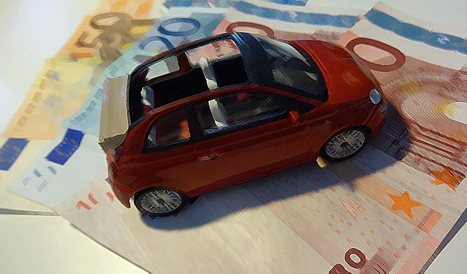 RC Auto, è il momento delle banche