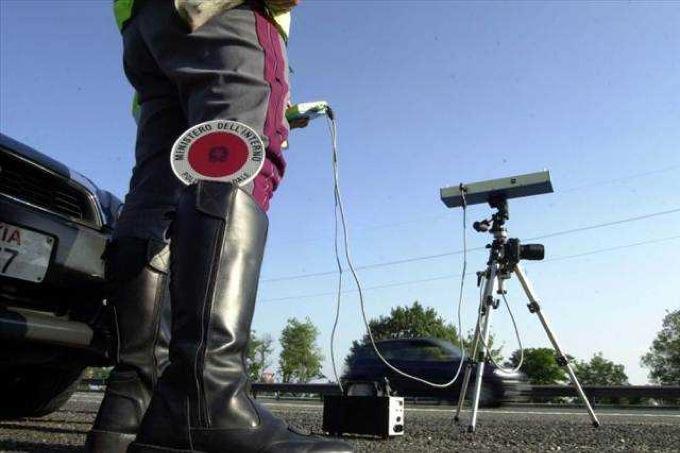 Autovelox con etilometro incorporato, la possibile nuova frontiera dei controlli su strada
