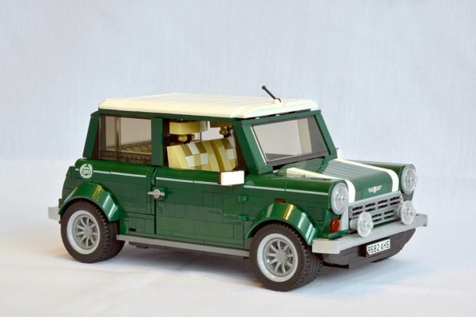 MINI Cooper classica, modellino fatto coi mattoncini Lego