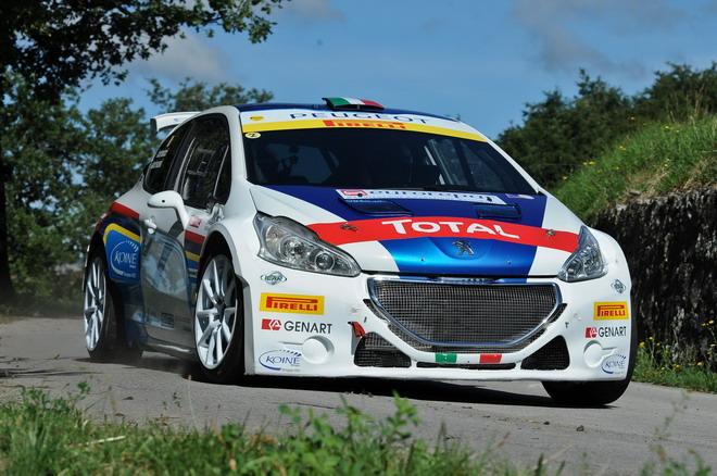 Peugeot_208_R2_ed_R5_test_drive_026