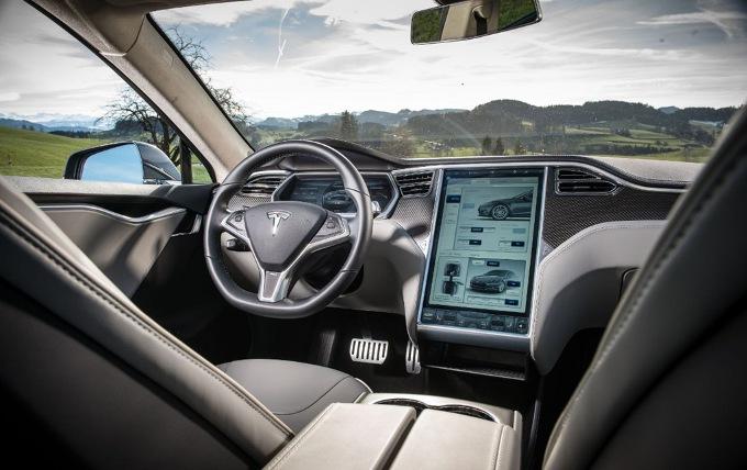 Tesla Model III, questo sarà il nome dell'anti BMW Serie 3