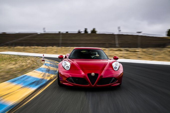 Alfa Romeo 4C, si torna a parlare della variante prestazionale