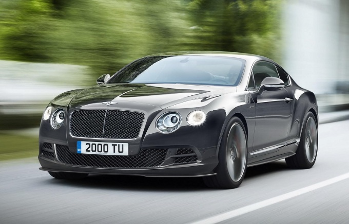 Bentley, allo studio un coupé quattro porte e un entry-level