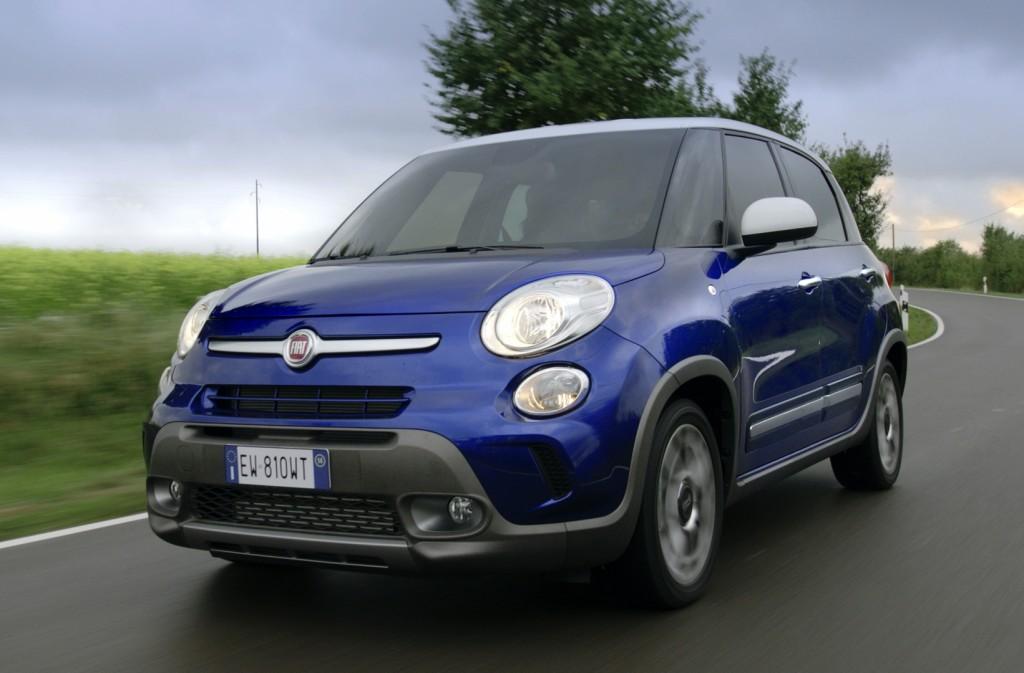 Fiat 500l La Spaziosa Di Famiglia Protagonista Del Porte Aperte Del