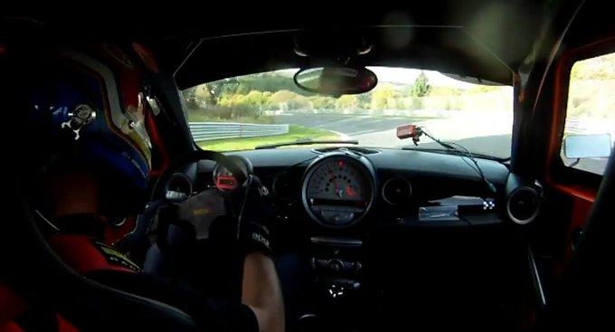 MINI JCW: una versione modificata fa il record sul Nurburgring