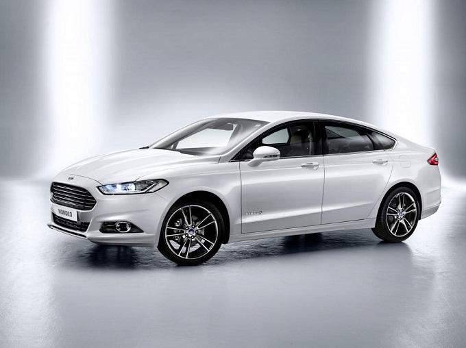 Ford Mondeo Hybrid: è iniziata la produzione nello stabilimento di Valencia