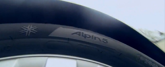 Michelin Alpine 5, un test consumatori li premia a pieni voti [VIDEO]