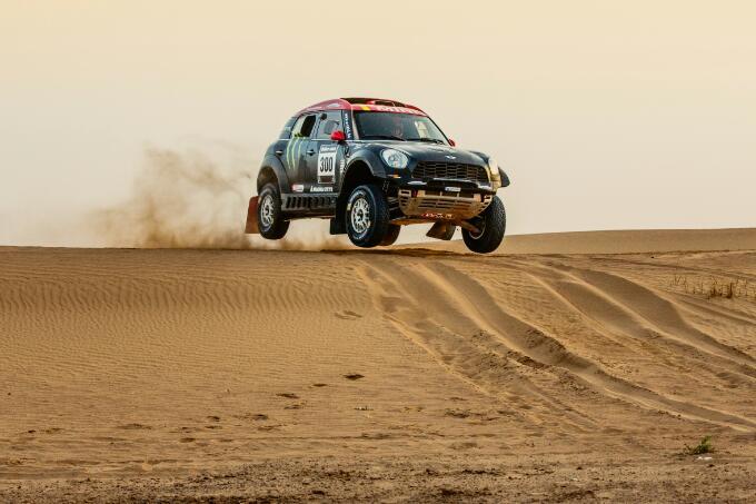 MINI ALL4 Racing, al Rally Dakar 2015 saranno ben otto gli equipaggi al via