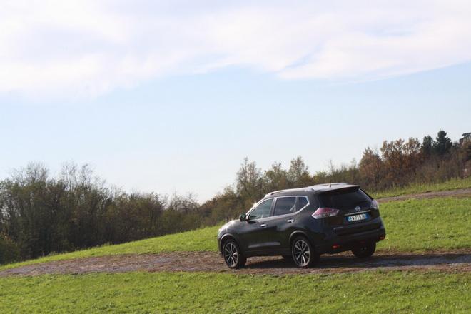 Nissan_X-Trail_guida1