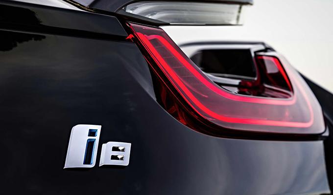 BMW i8, edizione speciale da oltre 500 CV per il Centenario?