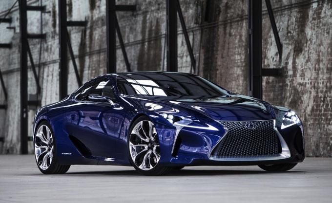 Lexus registra i nomi LC 500 e LC 500h