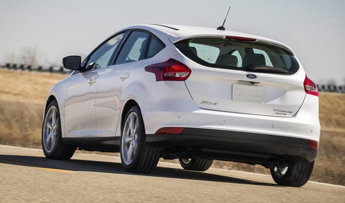 Ford Focus MY 2015: un controllo di stabilità a prova di… frittata [VIDEO]