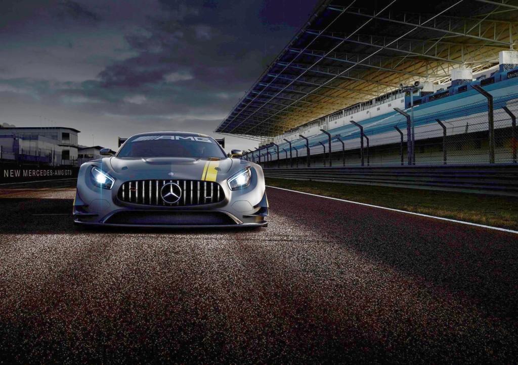 Mercedes-AMG GT3, ecco il muso nel nuovo teaser in vista dell'anteprima al Salone di Ginevra
