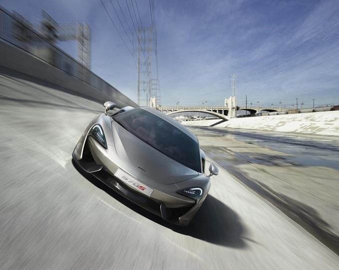 McLaren 570S Coupé, è arrivato il primo VIDEO della baby supercar