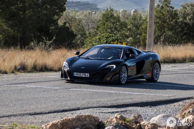 McLaren 675LT - Foto spia 30-03-2015