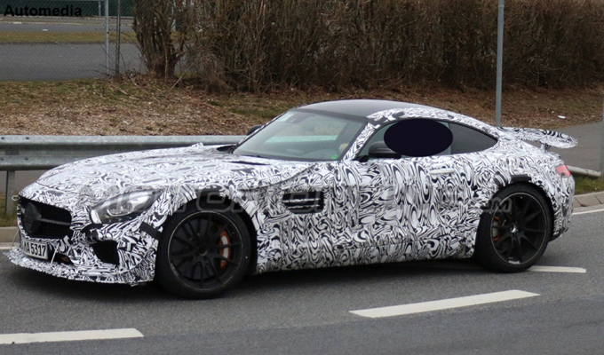 Mercedes AMG GT3 Road Car - Foto spia 27-03-2015
