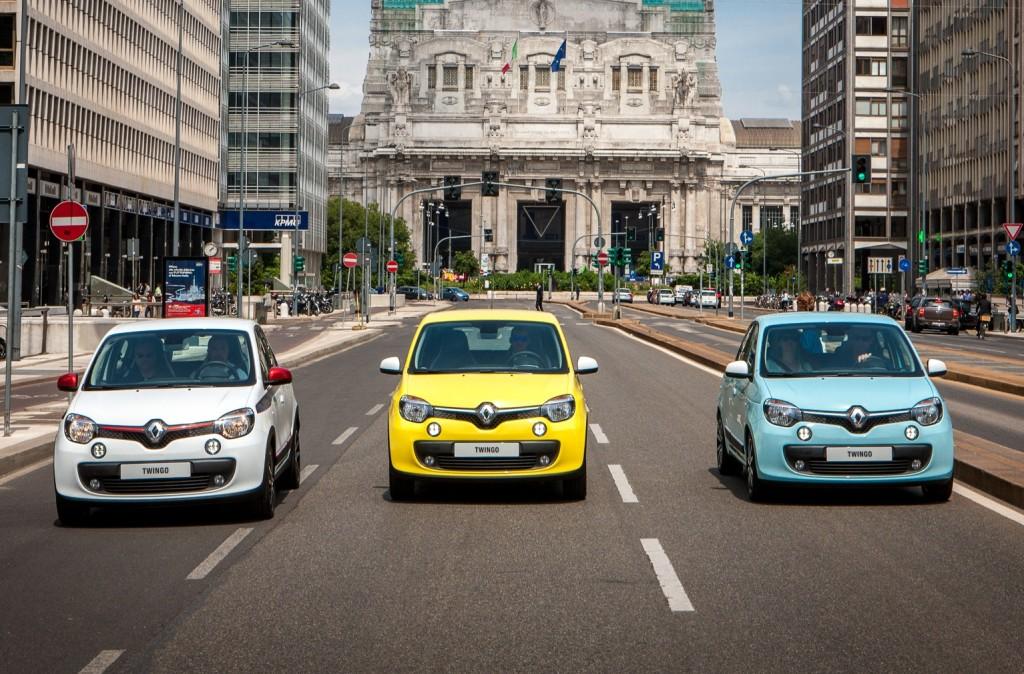 Nuova Renault Twingo invade le strade di Milano nel week-end col social test drive #GuidaTu