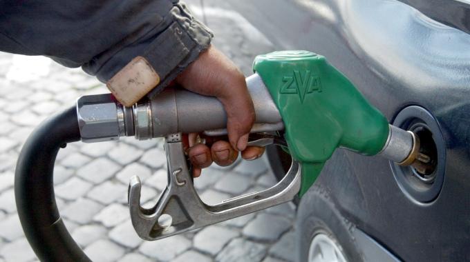 Sciopero benzinai: per due giorni distributori a secco in autostrada