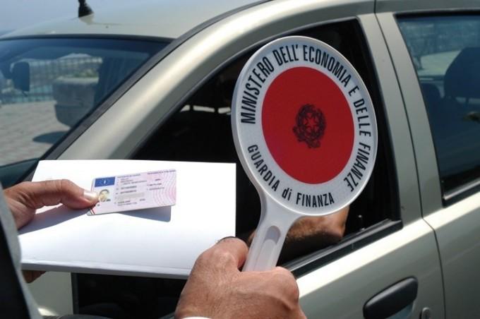 Libretto di circolazione addio, sarà sostituito dal documento unico per l'auto